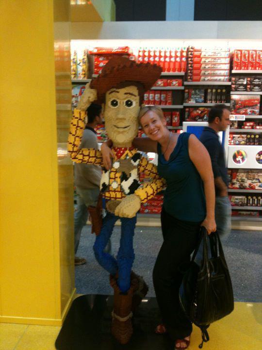 Julie comstock_woody_friend_scrapfest_mall of america_scrapbook
