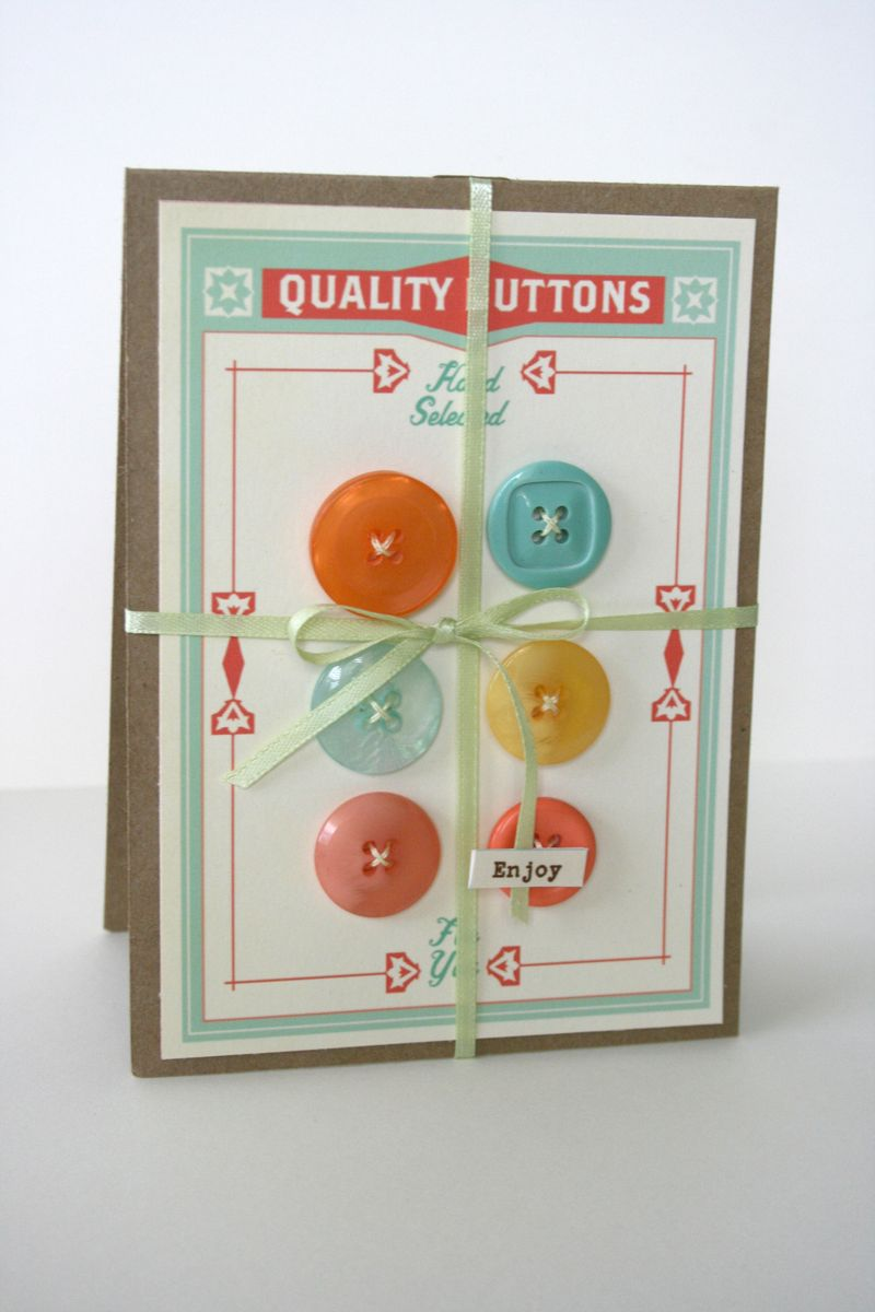 Button_gift_card_vintage_style_clementine_handmade