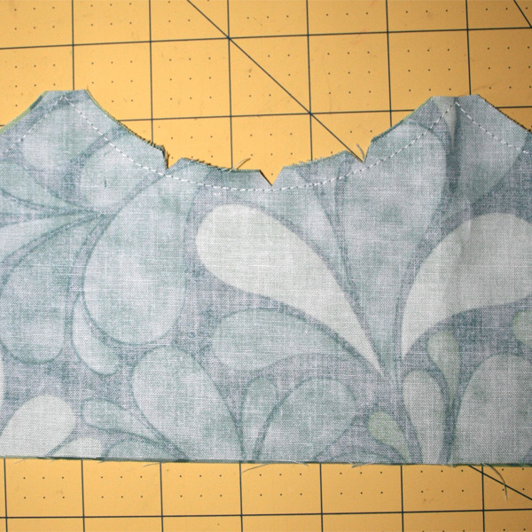 Beach_bag_scallop_pockets_sewing