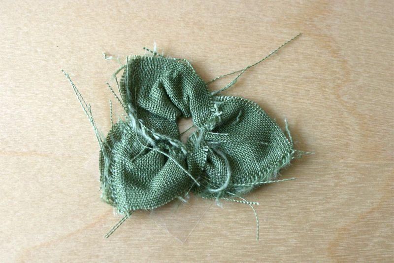 Fabric_gluber_poinsettia_flower_3