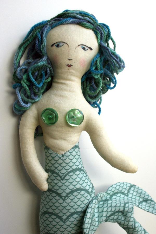 Mermaid_doll_julie comstock_yarn hair