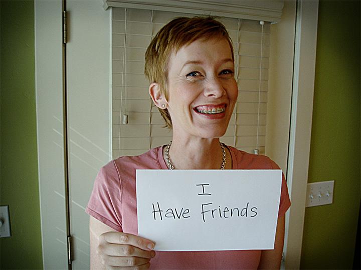 Julie_has_friends