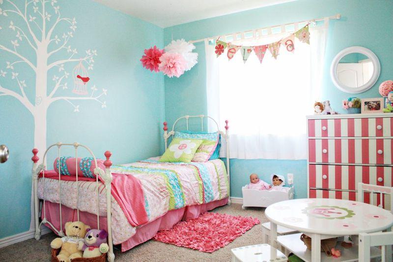 Eliza's  turquoise pink big girl room 1 [1024x768]