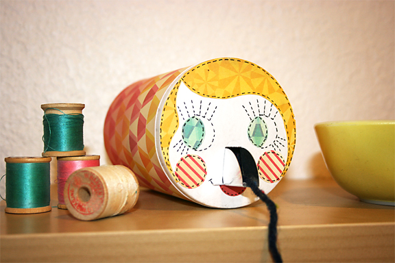 Salt Container String Keeper   Cosmo Cricket