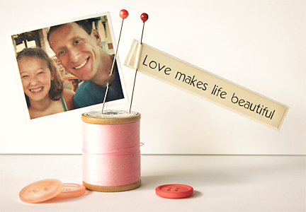 Valentine Spool Photo Holder | Cosmo Cricket