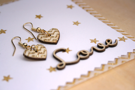 Wood Heart Earrings_lres