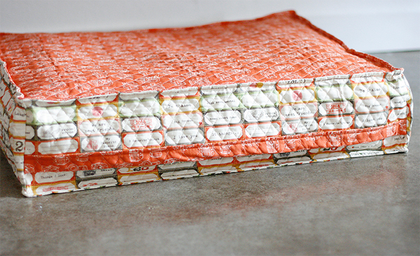 diy dog bed that will recycle your bubble wrap - cosmo cricket Diy Pillow Bed