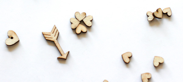 Wood Heart Clovers