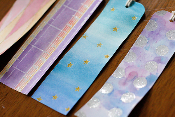 Watercolor bookmarks on glitter printing