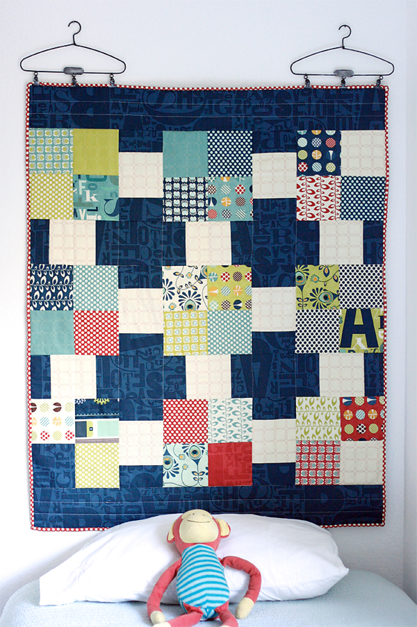 Quilt as Headboard (free pattern)