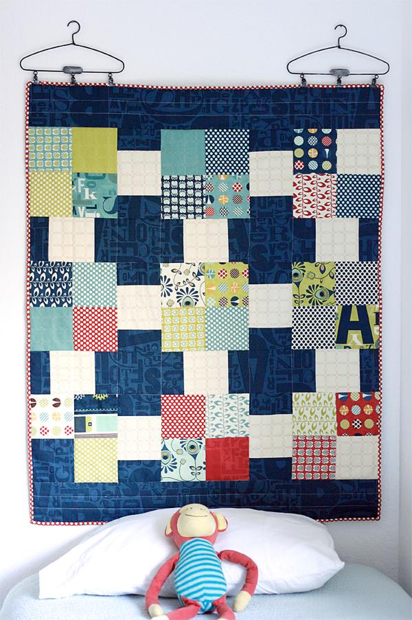 Quilt as Headboard (free pattern)